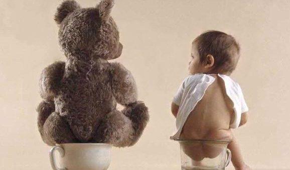 criança com diarreia