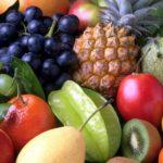 Guia para introdução alimentar de frutas: mitos e verdades