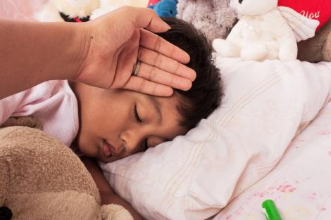meninigite, criança doente, crianca doente, pediatria descomplciada