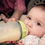 Mamadeira, sim ou não? – Consequências do uso da mamadeira para o bebê
