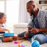 Seus filhos estão afastados da escola? Descubra como entretê-los!